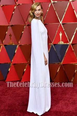 Karlie Kloss a capé les Oscars blancs de la soirée longue de bal 2017