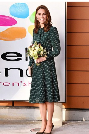 Kate Middleton Green Printed Casual Summer Dress With Sleeves 2019