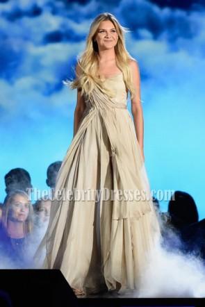 Kelsea Ballerini Ivoire Spaghetti Straps Backless soirée robe de bal 50e Annual CMA Awards