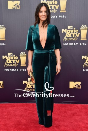 Olivia Munn Plungging Velvet Jumpjuit 2018 MTV Movie & TV Awards Red Carpet