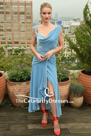 Rosie Huntington-Whiteley Asymmetrical Sky Blue Velvet Cocktail Dress Oscar de la Renta Spring 2019 show