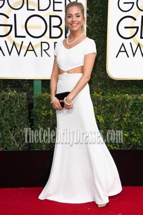 Sienna Miller 2017 Golden Globe Awards blanc robe de soirée manches longues Cap Cut