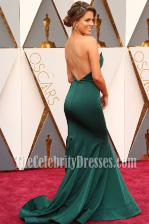 Stephanie Bauer sans bretelles sirène robe de bal 2016 Cérémonie des Oscars