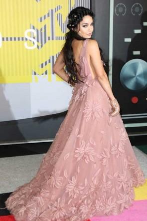 Vanessa Hudgens 2015 MTV Video Music Awards luxe dentelle profonde v-cou robe de mariée du soir