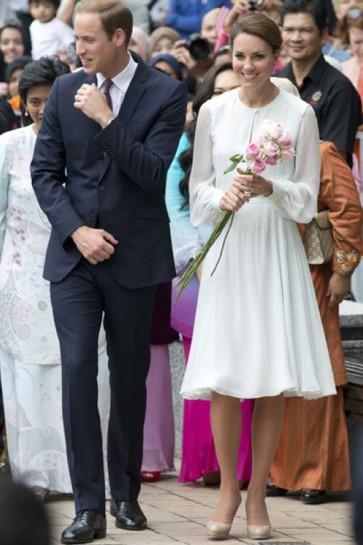 マレーシア人を訪問してケイトミドルトン膝丈長袖シフォンドレス