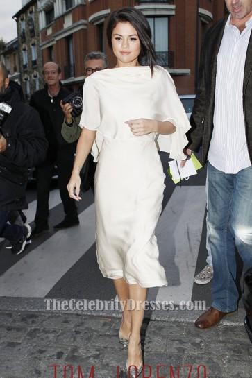 Selena Gomezセレナ・ゴメス アイボリーの膝丈オープンバックカクテルパーティードレス