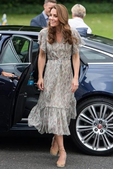 Kate Middleton Summer Printed Dress With Sleeves Warren Park Children's Center
