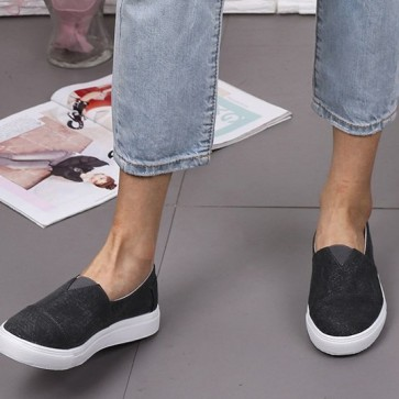 Women's Canvas Flat Sneakers