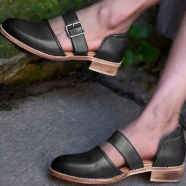 Women's Chunky Low Heel Pump Shoes Closed Toe With Buckle