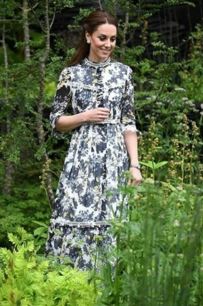 Kate Middleton Printed Long Maxi Dress With 1/2 Sleeves