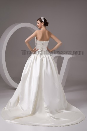 Classic Chapel Train Strapless A-Line Lace Up Wedding Dresses