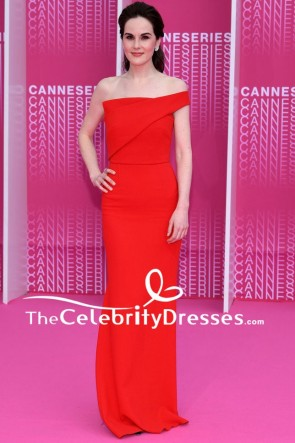 Michelle Dockeryの赤いイブニングドレスカンヌインターナショナルシリーズフェスティバル