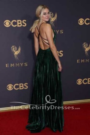 Shailene Woodleyグリーンイブニングドレス2017エミー賞レッドカーペットガウン