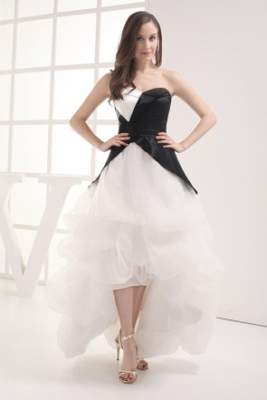 Celebrity Inspired White And Black Strapless Formal Dressed