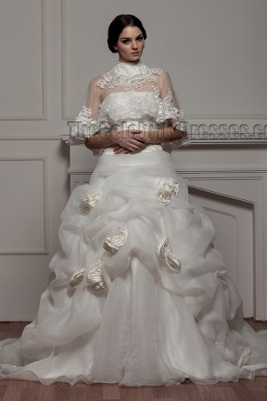 Gorgeous A-Line Strapless Organza Wedding Dress With A Wrap