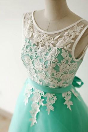 ゴージャスなミントラインホームカミングパーティーの卒業式ドレス