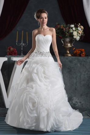 Romantic Sweetheart Strapless Organza Lace Up Wedding Dresses