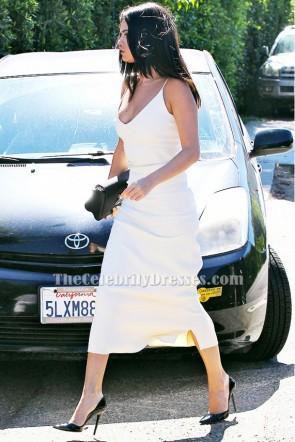 Selena Gomezセレナ・ゴメス アイボリーVネックカクテルパーティードレス