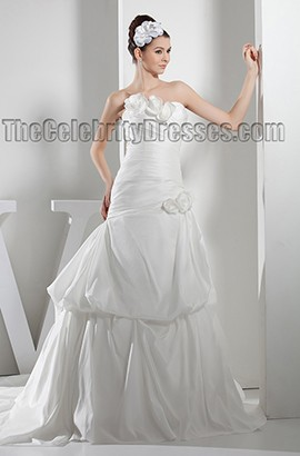 Stunning Strapless A-Line Taffeta Chapel Train Wedding Dress