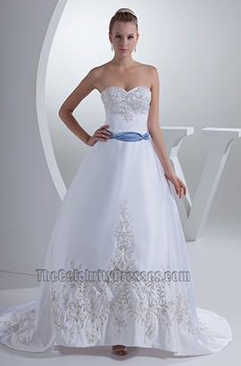 Elegant Sweetheart Strapless A-Line Embroidery Wedding Dress