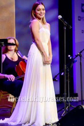 Vanessa Hudgens ヴァネッサ・ハジェンズ ホワイトイブニングウエディングドレスポイントファンデーションの声