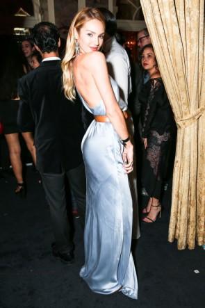 Candice Swanepoelキャンディススワンポール スパゲッティストラップイブニングウエディングドレスHarper's Bazaar Icon