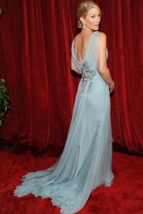 Christinia Applegate ウエディングドレス2010 SAG賞レッドカーペット