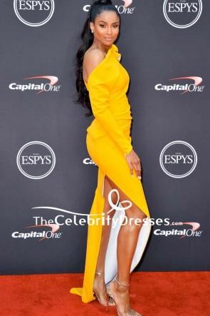 Ciara黄色のワンショルダー腿の高いスリットイブニングドレス2018 ESPYS