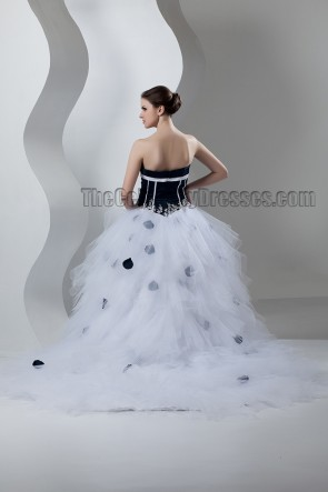 Classic Strapless Sweetheart Ball Gown Chapel Train Wedding Dress