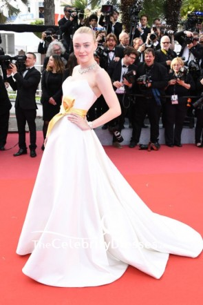 Dakota Fanning Strapless Blushing Pink Ball Gown 2019 Cannes Film Festival TCD8522