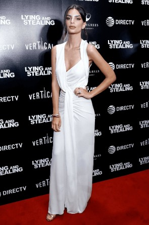 Emily Ratajkowski Ivory Sexy Evening Dress  New York Screening Of 'Lying and Stealing' TCD8566