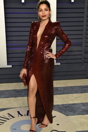 Freida Pinto Sex Burgundy Sequins Slit Prom Dress  2019 Vanity Fair