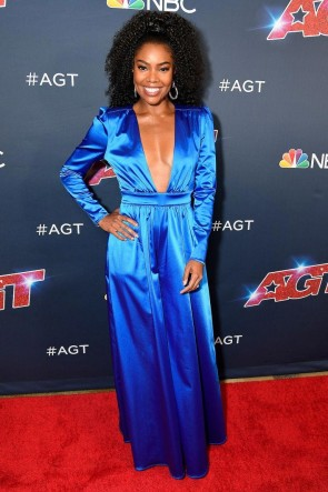 Gabrielle Union Royal Blue Plunging Neck Jumpsuit With Sleeves