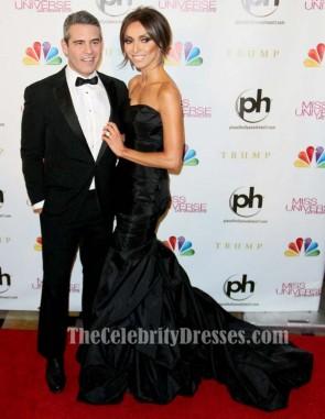 Giuliana Rancic ブラックフォーマルドレス2012ミスユニバースページェントドレス