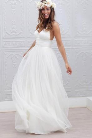 Ivory V-neck A-line Chiffon Prom Dress