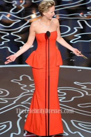 Jennifer Lawrence ジェニファーローレンスオレンジレッドストラップレスのイブニングドレス2014オスカーレッドカーペット