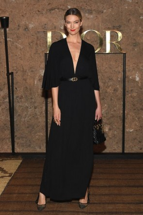 Karlie Kloss Black Deep V-neck Formal Dress With Half Sleeves