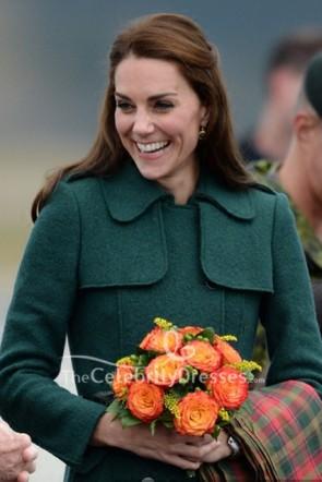 Kate Middleton ダブルブレストボタンダークグリーンコート