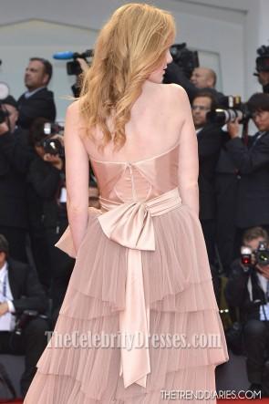 Madisen Beatyストラップレスフォーマルドレス2012ヴェネツィア映画祭レッドカーペットドレス