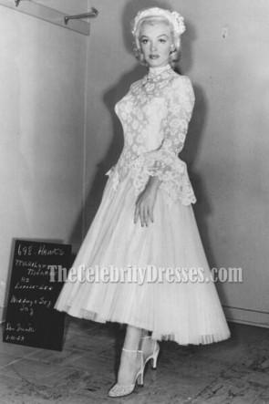 マリリン・モンローの紳士はブロンドの白いチュールのウェディングドレスを好みます
