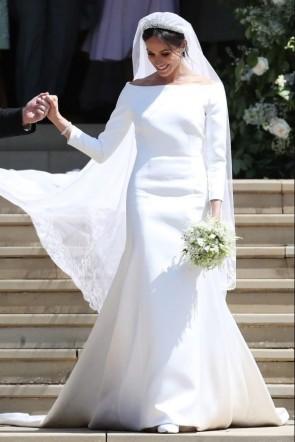 Meghan Markle Weds Prince Harryエレガント長袖ウェディングドレス