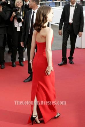 ナタリー・ポートマンの赤いストラップレスのフォーマルドレスカンヌ映画祭2015レッドカーペット