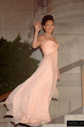Jennifer Lopez Pink Evening Dress In the movie 'Maid In Manhattan'