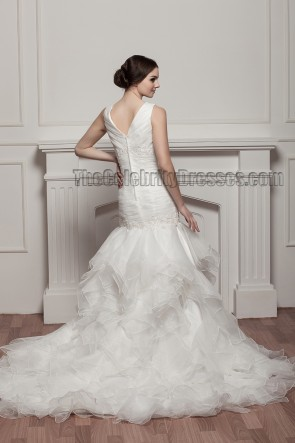 Trumpet/Mermaid V-Neck Embroidered Wedding Dress