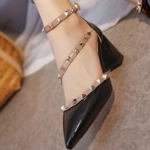 Women's Chunky Heel Sandals Pumps Closed Toe With Rivet