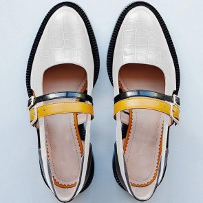 Women's PU Flat Heel Closed Toe Shoes With Buckles