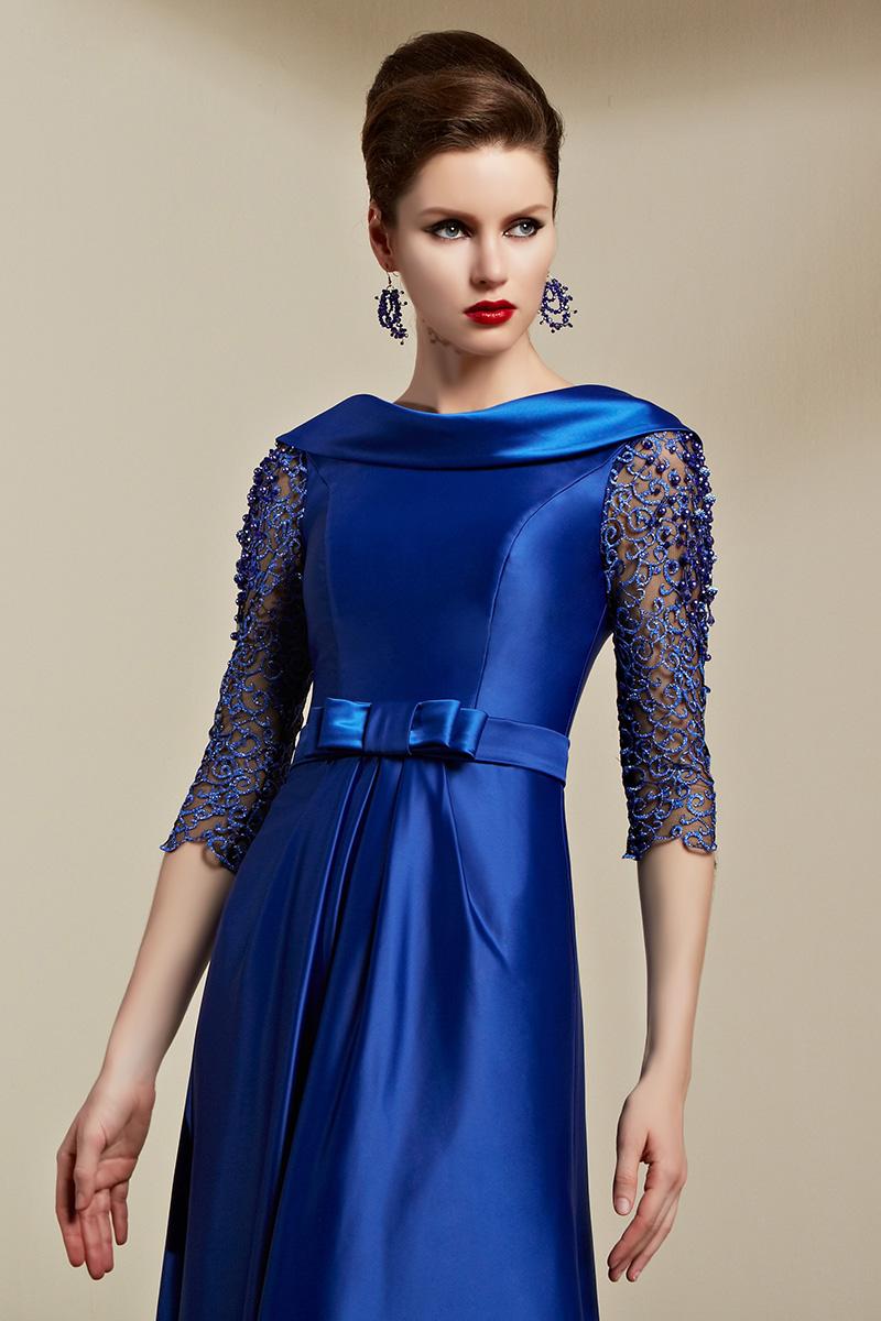 Celebrity dark blue dress