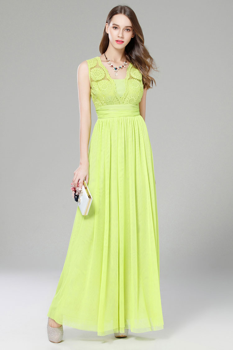 Green sleeveless maxi dress wedding guest dresses for Celebrity wedding guest dresses