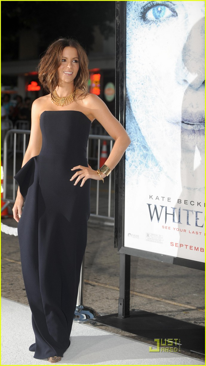 Kate Beckinsale Strapless Black Prom Gown Formal Dress Whiteout