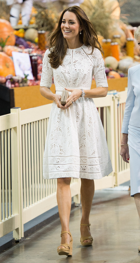 Kate Middleton Elegant Knee Length White Lace Cocktail Dress